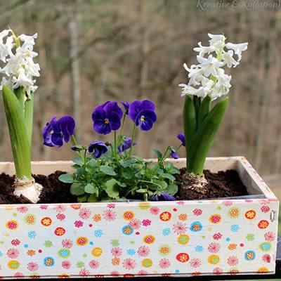 [Serviettentechnik] Von der Kiste zum Kasten und zur Blume